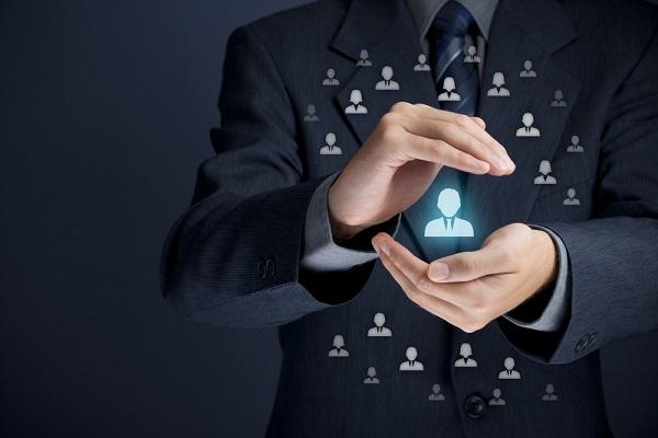 Com a lei de pareto, você identifica 20% dos seus clientes reponsáveis por 80% do faturamento da sua empresa.
