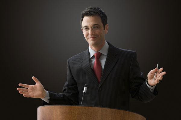 Promova palestras e mostre a competência de seu escritório.
